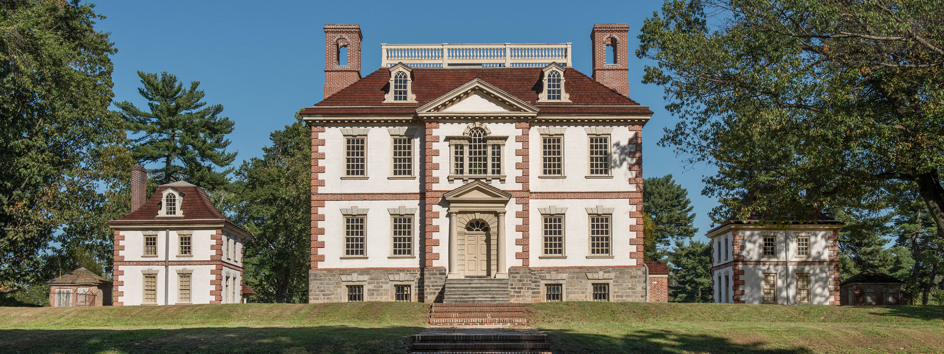 Exterior view of Mount Pleasant historic house
